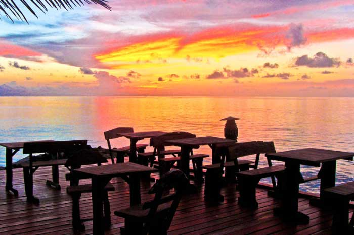 Ranveli Island Resort - Sunset Bar