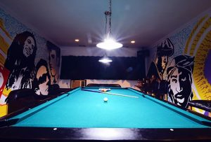 BILLIARD HALL3