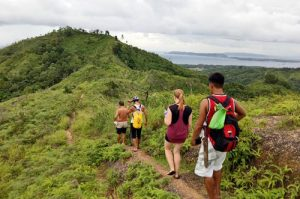 Nabaoy Hiking_compressed