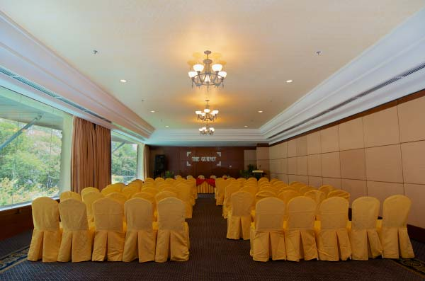 The-Gurney-Resort-Hotel-&-Residences-Function-Hall