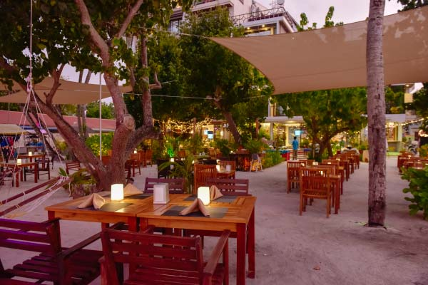 Arena-Beach-Hotel-Live-Dining-2