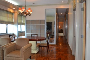 the-pearl-manila-penthouse-living-room-00