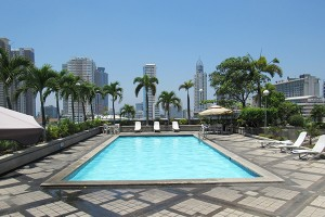 the-pearl-manila-pool